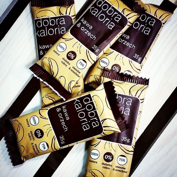Kochani my już po dostawie przepysznych batonów Dobra Kaloria. Wróciły długo oczekiwane kawa i orzech. U nas w cenie niższej niż w marketach :) zapraszamy  #biomarketpoznan #vegan #poznan #zielonypoznan #stayhealthy #instagood #instalike #instapic #followme #love #dobrakaloria #yummy #glutenfree