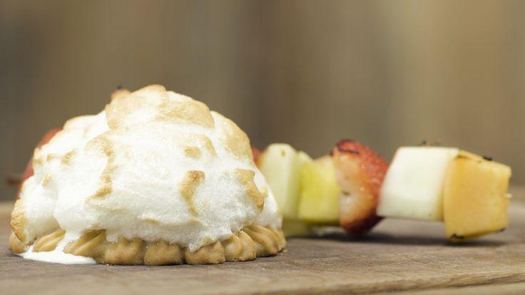 Eisbombe vom Grill mit Champagner-Fruchtspieß (Rezept mit Bild) | Chefkoch.de