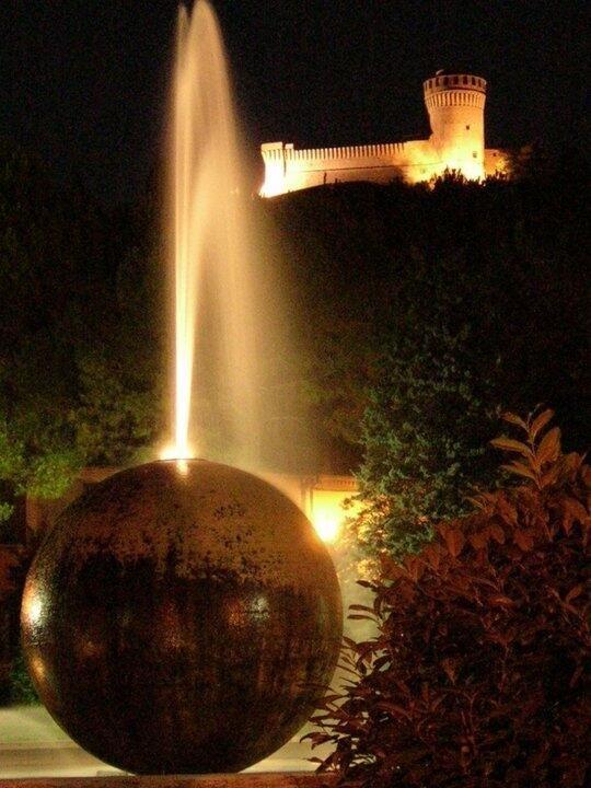 Rocca di Brisighella, Ravenna - 44°13′00″N 11°46′00″E