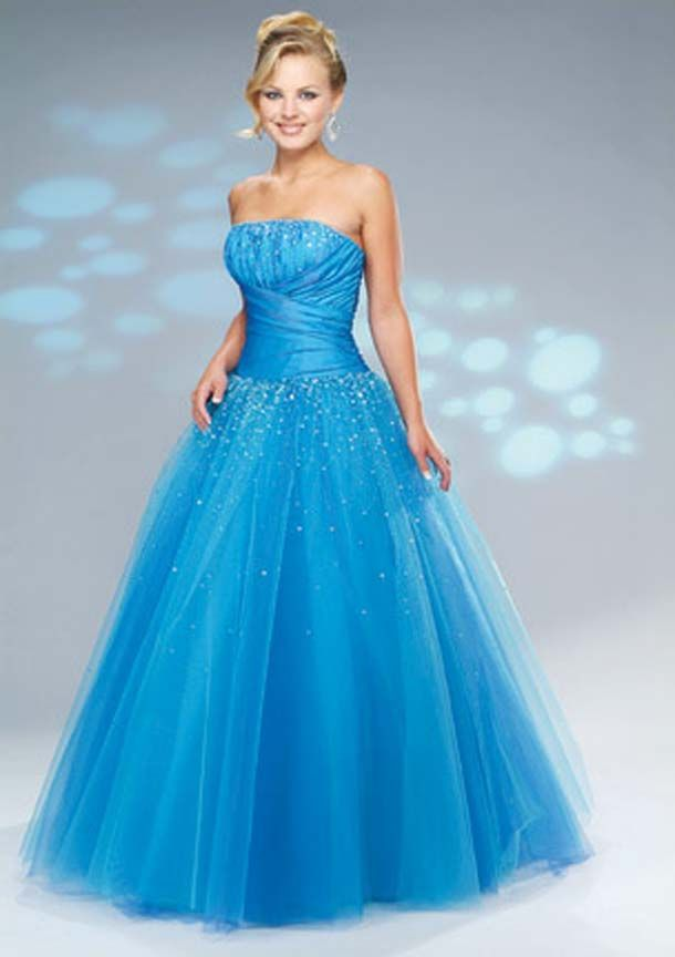 17 Best images about future prom dresses on Pinterest  Long prom ...