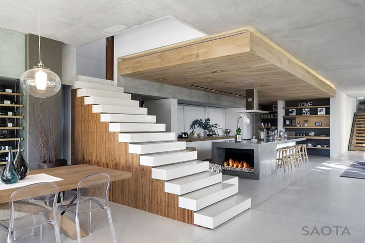 Today we will show you the beautiful Glen 2961 Cape Town, South Africa, a project by SAOTA. We don't have details about the project but the images are pretty self explanatory, the house is simply amazing, definitely a great place to live ;)