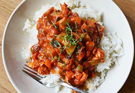 Visstoofpotje met groente en rijst