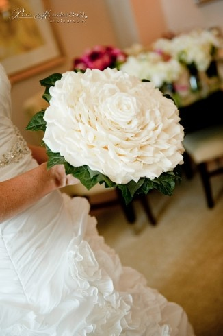 Atlanta Wedding Flowers, Bridal Bouquets, Decorations, Lounge furniture, Chiavari Chairs, Chair covers, Grace Ormonde Platinum List. Wedding Florist in Atlanta, PERFECT PETALS FLORIST - Personal Flora