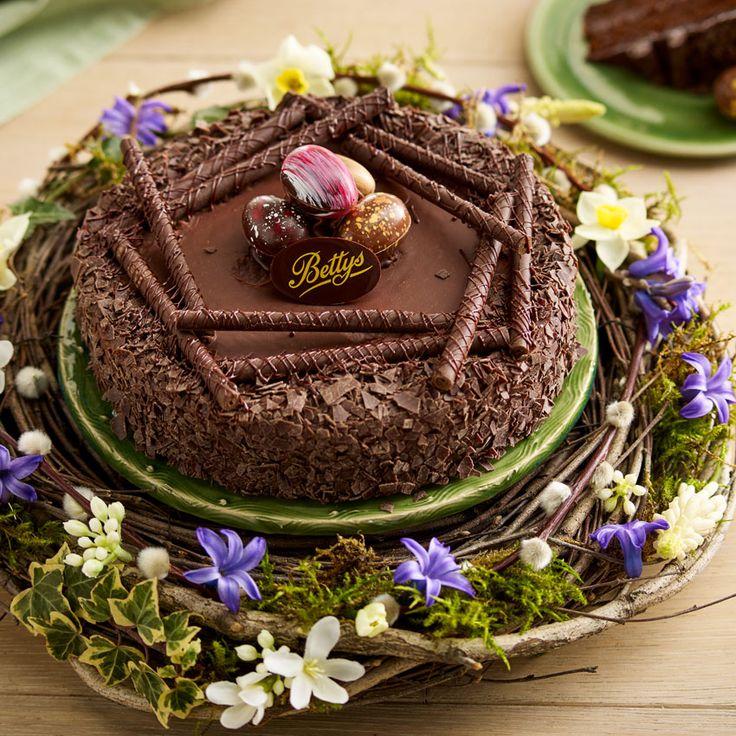 Decorated Chocolate Turkeys Www Dunmorecandykitchen Com: 1000+ Ideas About Chocolate Cake Decorated On Pinterest