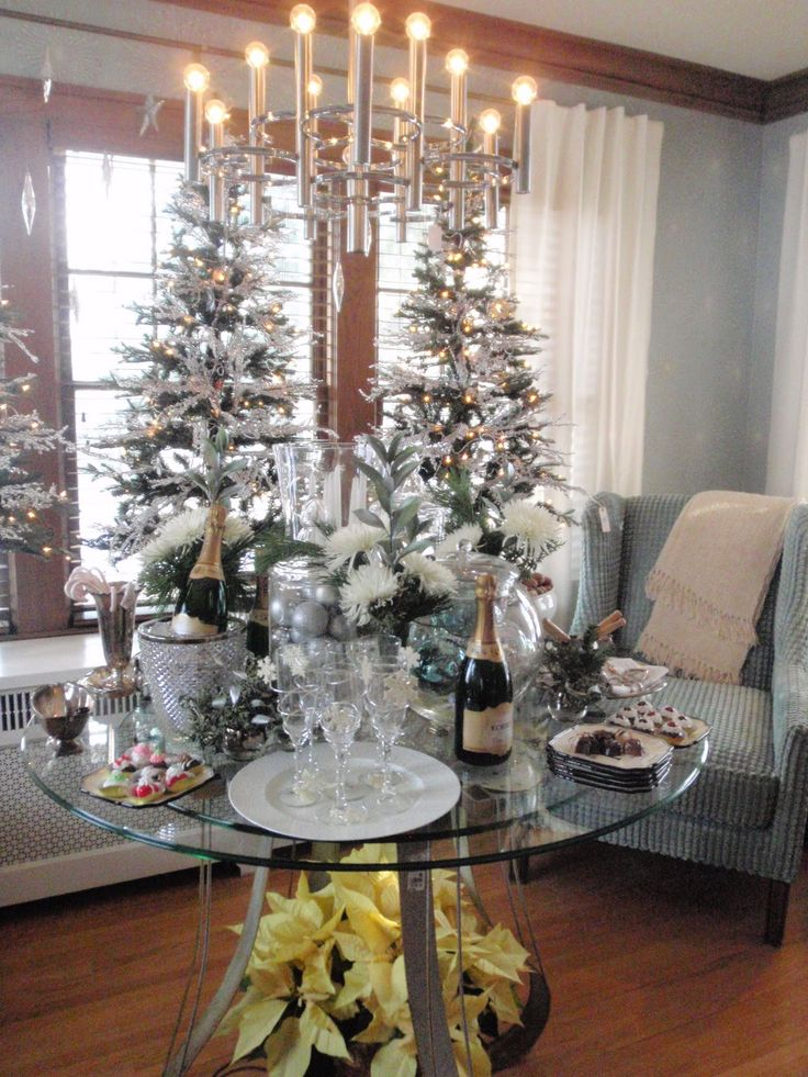 Elegant New Year's Eve Decorations | Here is the small ...
