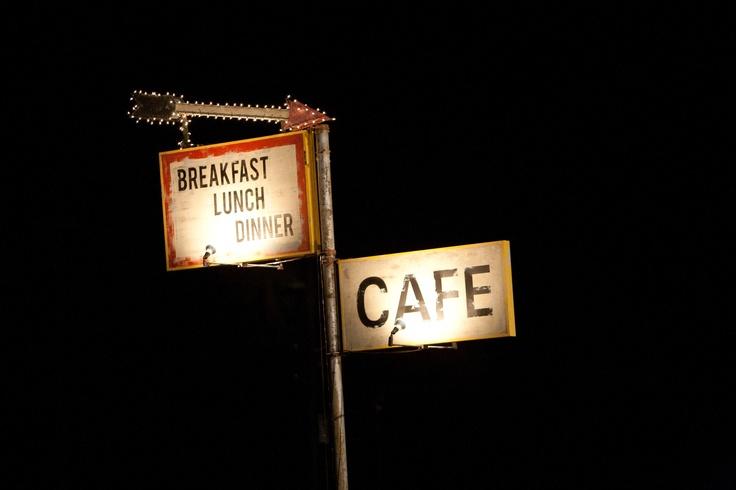Breakfast / Lunch / Dinner CAFE - http://numet.ro/catch44