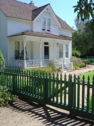 Country Farmhouse Style Decorating | Country Farmhouse Decor