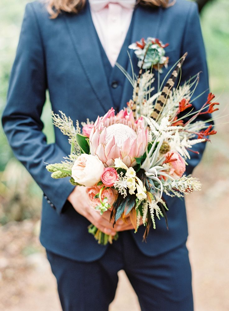Photography: Lauren Peele - www.laurenpeelephotography.com Read More: http://www.stylemepretty.com/2015/03/09/outdoor-boho-austin-wedding/