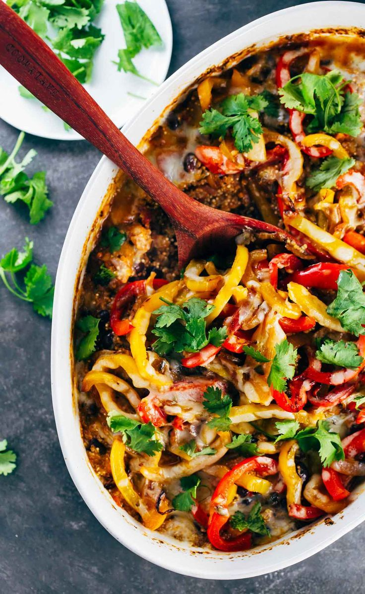 Hi there Wednesday! Can I interest you in a mid-week pick me up of Mexican Chicken Quinoa Casserole involving a pan piled high with blistered peppers, salsa-ified quinoa, black beans,…