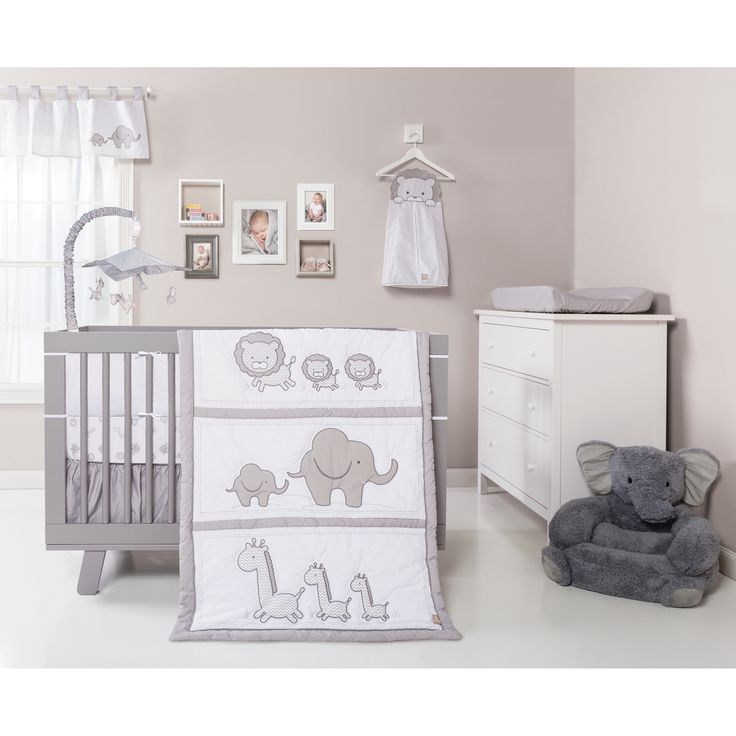 Brighten up your baby's room with this stylish design, featuring fun colors and durable materials. Put a contemporary spin on a classic jungle themed nursery with the Safari Chevron 3 Piece Crib Beddi