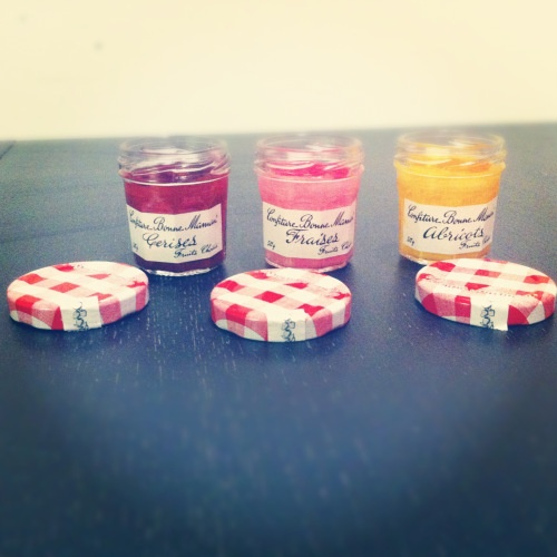 Idée de contenant pour des bougies faites maison