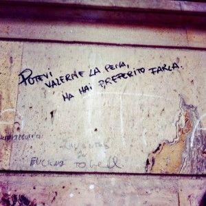 Star Walls - Scritte sui muri. — Soffrire le pene