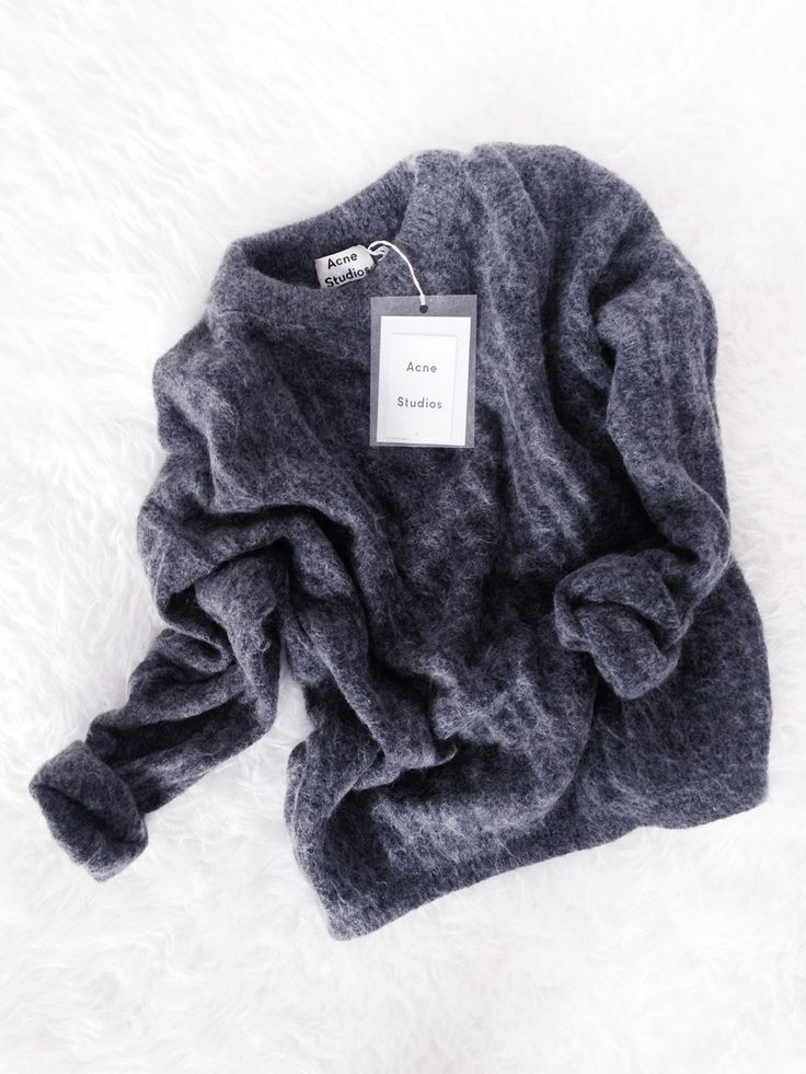 Acne-Studios-Dramatic-Mohair-Sweater