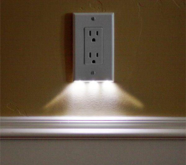 Luz guía SnapRays, consume 5 centimos de electricidad al año