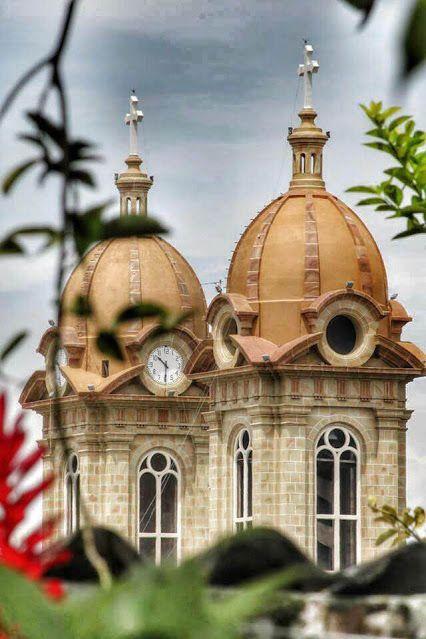 Basilica Menor Socorro Santander Colombia Foto Ma. Cristina Camacho