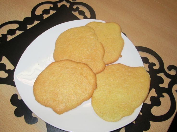 Kids kookles elke zaterdagmiddag in Heerhugowaard. Onlangs eierkoeken gemaakt met de kids, smullen! http://kidskookles.nl/