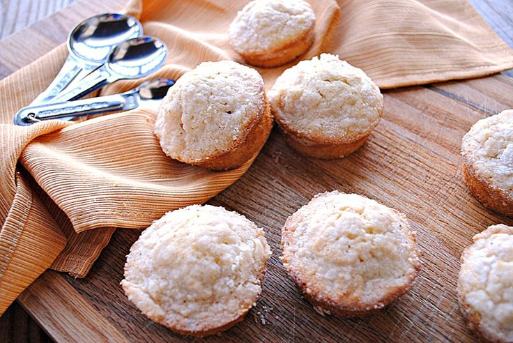 skinny eggnog muffins!!Eggs Nog, Skinny Eggnog, Eggnog Muffins Lights ...