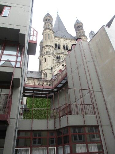 Cologne - the old with the new