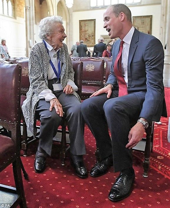 William met Iris Orrell, aged 98, who received an Orphans Medallion during a Metropolitan and City Police Orphans Fund reception at the Guildhall and the pair chatted about how Kate has been chewing ginger to beat her severe morning sickness.  The Duke of Cambridge had the nonagenarian in fits of giggles as the pair sat down for a quick chat at Guildhall on Wednesday afternoon. Sept 27,2017