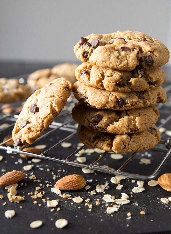 Crispy Peanut Butter Chocolate Chip Cookies (GF, Vegan)