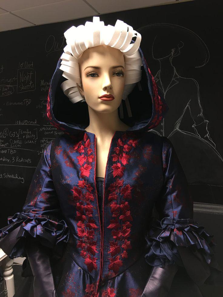 Saks Hair Salons: 124 Best Outlander Costumes Images On Pinterest