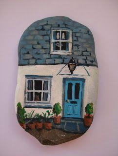 Rag Crafts: Painted Stones ❥Teresa Restegui http://www.pinterest.com/teretegui/ ❥