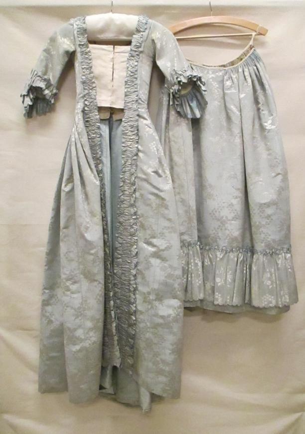 robes à la française japonnen vrouwenkleding | Modemuze