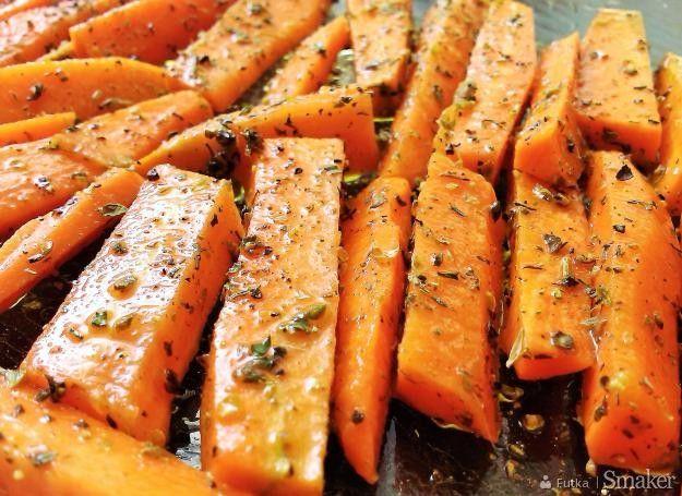 Pieczona marchewka w ziołach prowansalskich
