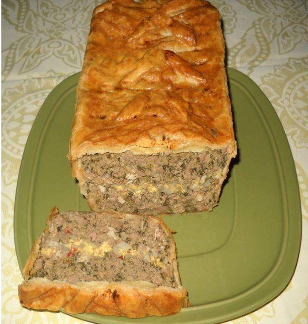 Reteta culinara Drob de pui in aluat de foietaj din Carte de bucate, Aperitive. Specific Romania. Cum sa faci Drob de pui in aluat de foietaj