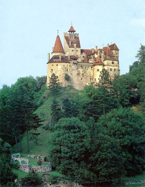 Bran Castle (Dracula's Castle) Romania Built in 1212Bran Castle