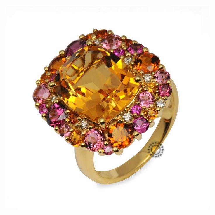 Εξαίρετο πολύτιμο δαχτυλίδι από χρυσό 18 καρατίων με σιτρίν, τουρμαλίνες, χρωματιστά ζαφείρια & διαμάντια απαρράμιλης αισθητικής   Δαχτυλίδια με ορυκτές πέτρες ΤΣΑΛΔΑΡΗΣ #citrin #ζαφείρια #διαμάντια #δαχτυλίδι #rings