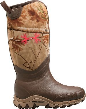 Cabela's: Under Armour® Women's H.A.W. 800-Gram Rubber Boots – Realtree AP™. Love! Might need to scoop these up too.