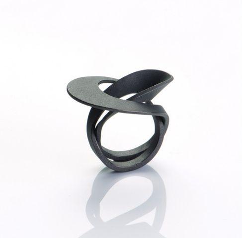 Sibylle Krause: Ring, 925 Silber, geschwärzt