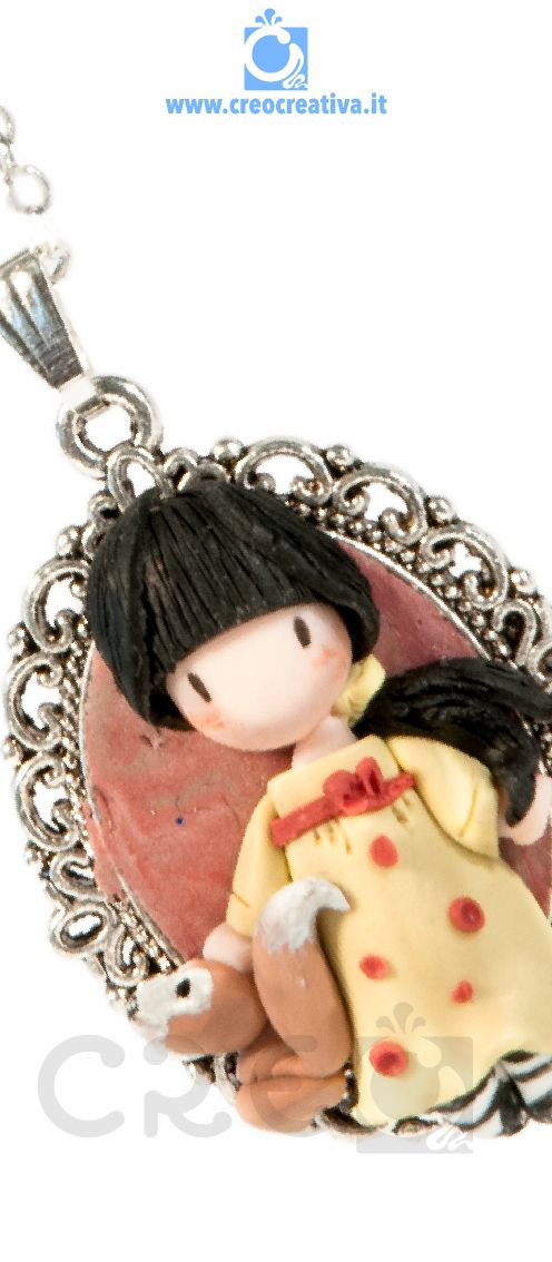Necklace with cameo inspired by #Gorjuss | #fimo #polymerclay #creo #creocreativa #doll