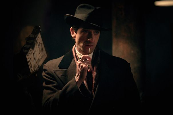 EXCLUSIVE: As filming gets underway on the 4th season of Peaky Blinders, Oscar winner Adrien Brody has suited up to join the Steven Knight-created period gangster drama. The epic BBC Two saga of th…