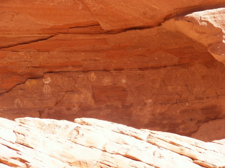 Petroglyphs At Canyon De Chelly U S Southwest In 2019