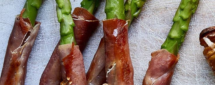 Serrano ham and asparagus spears