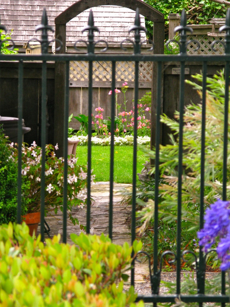 1000 images about garden ideas on pinterest gardens Tudor style fence