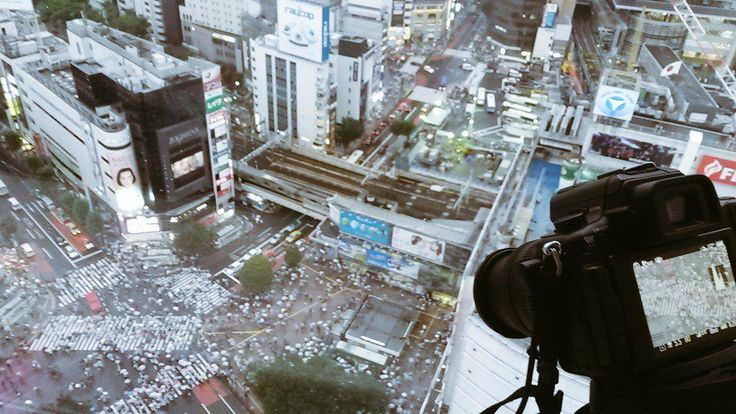Coolest timelapse I captured yet. #shibuya scramble in #Tokyo. #東京 #渋谷区  illegally climbed a building too lol