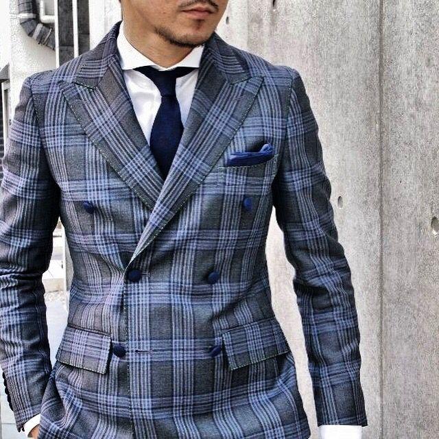 グレンチェックのダブルブレステッドスーツ・・