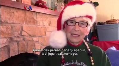 Sebuah kota kecil di Indiana selalu kebanjiran ribuan surat untuk Sinterklas menjelang Hari Natal, karena kota ini bernama Santa Claus! Kantor Pos Amerika Serikat selalu menyalurkan setiap surat yang ditujukan untuk Sinterklas ke kota ini, dan pengirim pun berada dari seluruh penjuru dunia.  Simak di YouTube: https://youtu.be/ntCzoQ_Hh9I