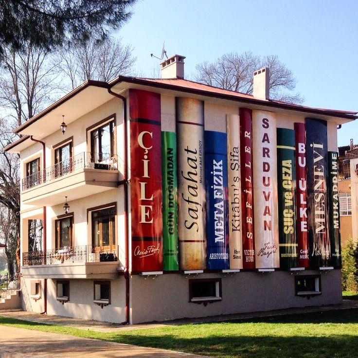 Sakarya Faik Baysal Kütüphanesi