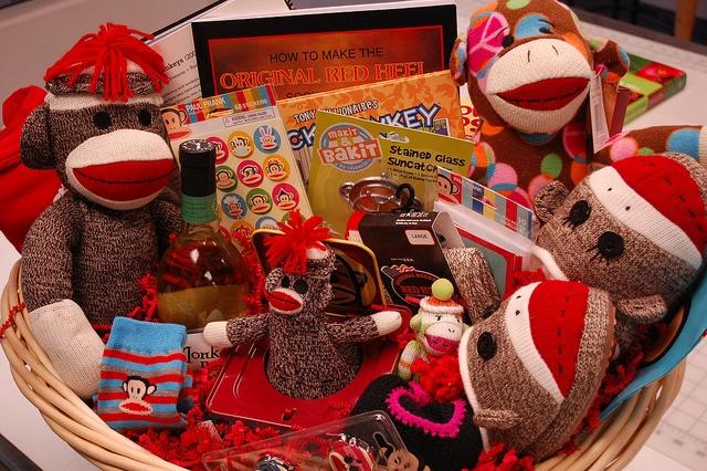 689 Best Images About Fundraiser Baskets On Pinterest