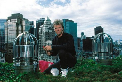 Richard Dean Anderson is known for his role as the secret agent Angus MacGyver in the 1985 televison show MacGyver