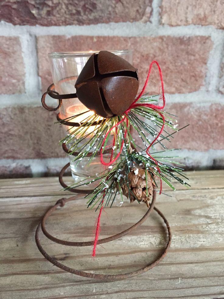 Bed Spring Candle Holder,Vintage Bed Spring,Vintage Candle Holder,Christmas Candle,Vintage Christmas,Winter Candle,Sleigh Bell Candle Holder de TheYankeeBelle en Etsy https://www.etsy.com/es/listing/234406514/bed-spring-candle-holdervintage-bed