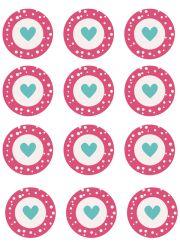 Kit imprimibles de San Valentín para cupcakes o pasteles. Pensando en el día de los enamorados hemos preparado este kit imprimible para cupcakes que puedes descargar gratis con toppers, wrappers y banderitas decorados con corazones. Organiza una merienda romántica con cupcakes y galletas y aprovecha este kit para darle un toque romántico.     Para descargar el archivo puedes hacer click sobre alguna de las imágenes o en el enlace siguiente: Descargar kit imprimible cupcakes San Valentin…