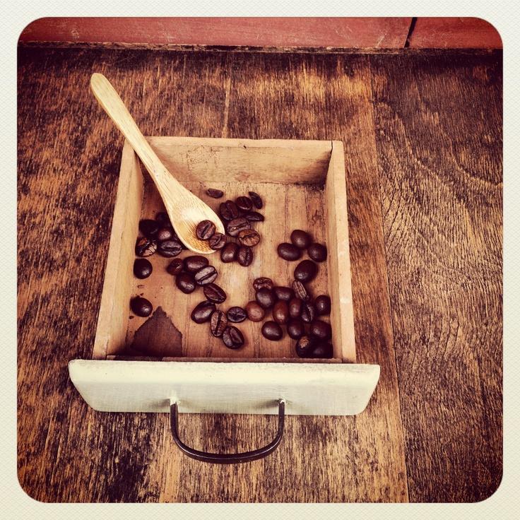 Cassettino delle meraviglie: #macinacaffe #coffee grinder #trespade #caffe