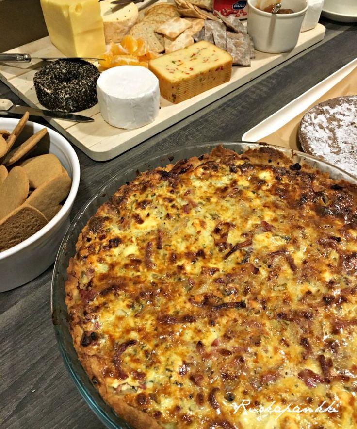 Ruokapankki: Pekoni-taatelipiirakka, kerrassaan mainiota! #ruokapankki #ruokablogi #foodlover #foodie #bacon #pie #piirakka #ruoka #food