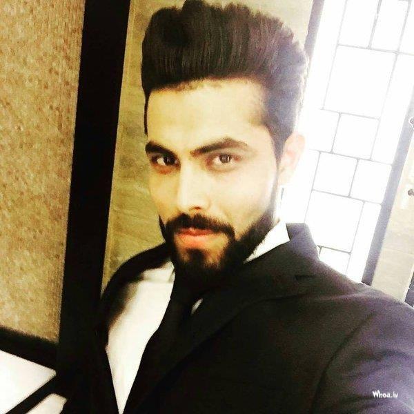 Ravindra Jadeja\u0027s Selfie Image 8 With Beard Style