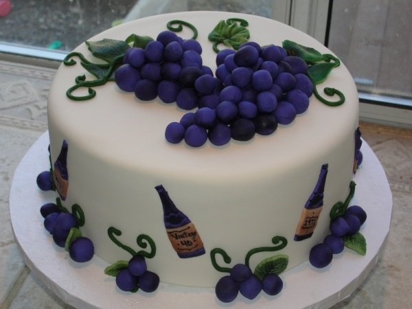 cute wine themed cake